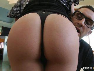 Порно нарезка глубокий миньет