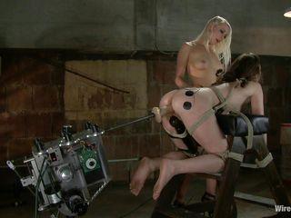 Порно нарезка секс машины